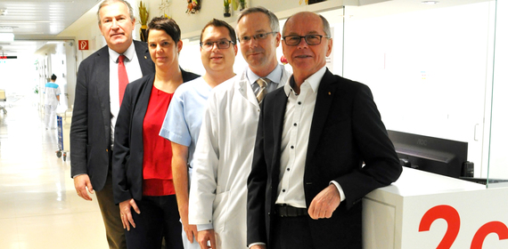 LH Stv. Dr. Stöckl besucht größte Fachklinik am Uniklinikum Salzburg