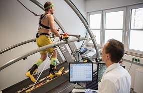Skitouren-Indoor-Test: Spezialergometrie am Laufband