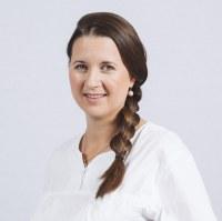 Carmen  Lehner