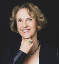 Karin  Spiesz
