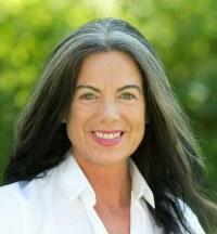 Kirsten  Brunner