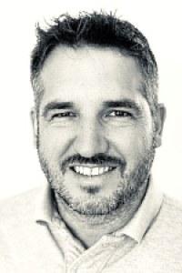Simon  Enzinger